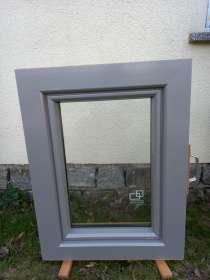 Holz-Alu-Fenster, ca. 58x78cm, grau/Kiefer