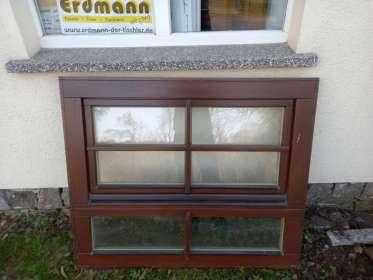 Holzfenster mit festem Unterlicht, ca. 120x100cm
